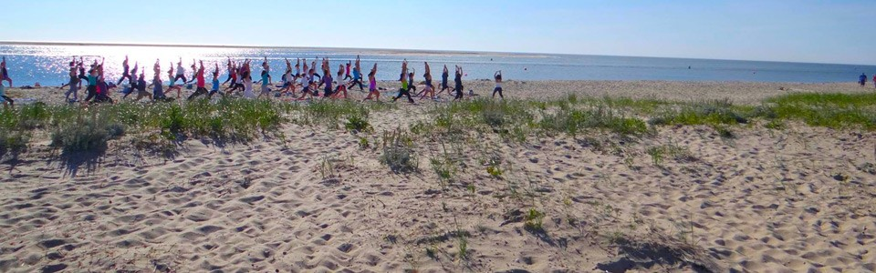 chatham_beach_yoga_2